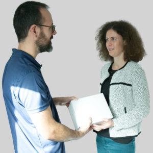 atelier-opticien-reception-colis-montages-mains-propres