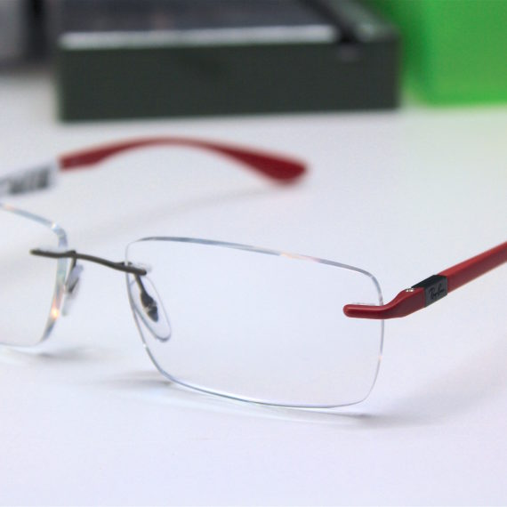 Montage lunettes RAY BAN percée.