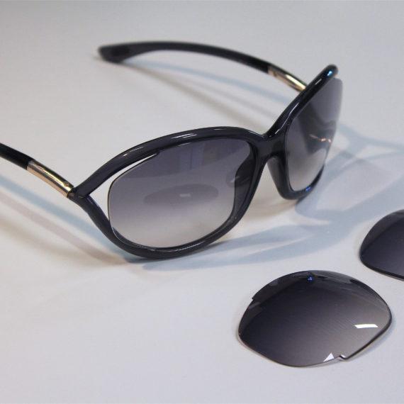 Montage de lunettes solaires Tom Ford à la vue.