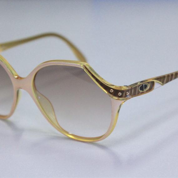 """Montage de nouveaux verres sur Lunettes Dior """"vintage""""."""
